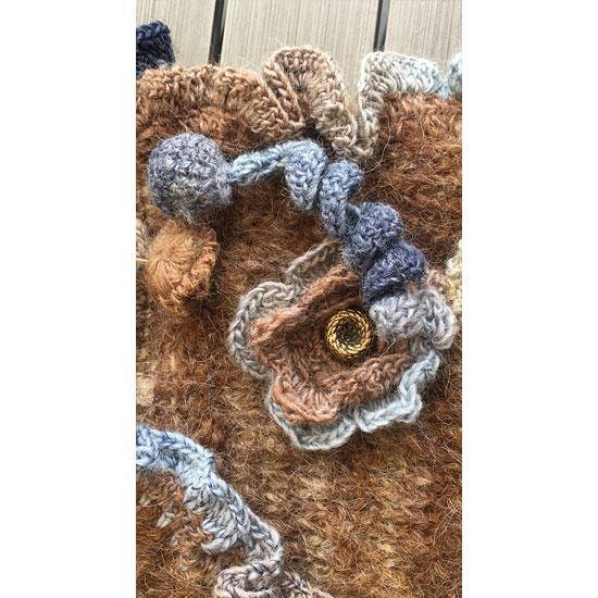 Sac tricot fait main, sac crochet et tricot, sac tricoté main avec fleurs au crochet