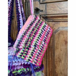 Pochette Crochet Crocus Assortie Au Sac